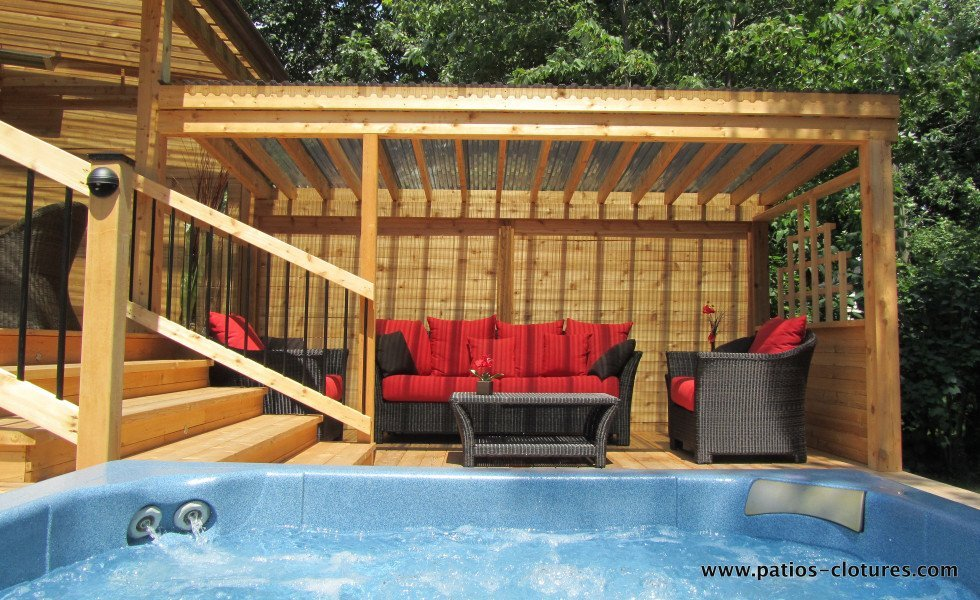 Lounge covered with pergola with polycarbonate Proulx