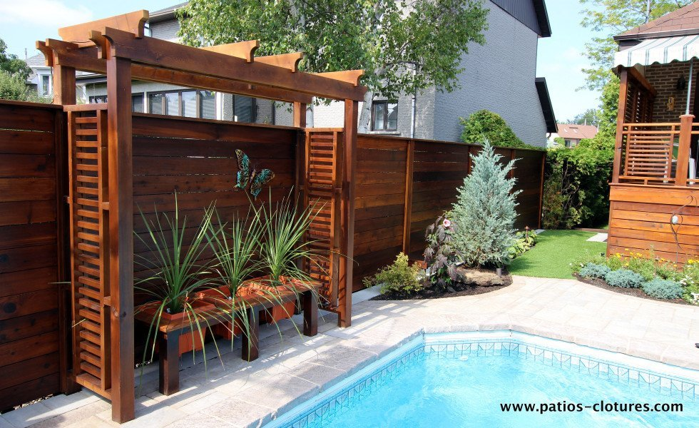 Horizontal fence and pergola Emond 2