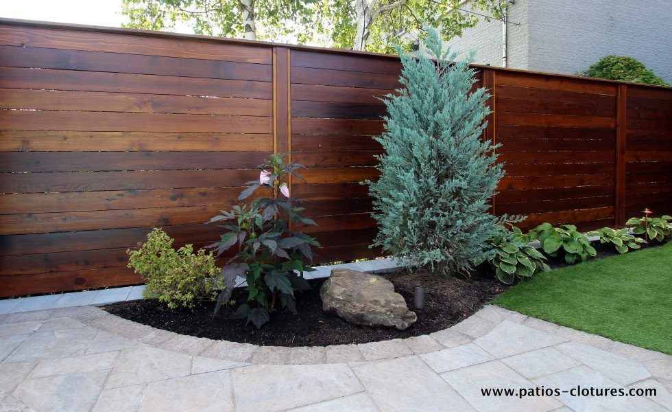 horizontal fence patios et cl tures beaulieu. Black Bedroom Furniture Sets. Home Design Ideas