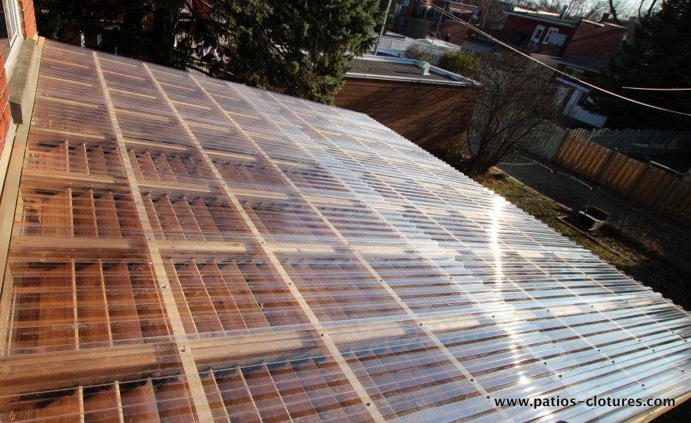 Patio pinet patios et cl tures beaulieu for Plaque polycarbonate pour pergola