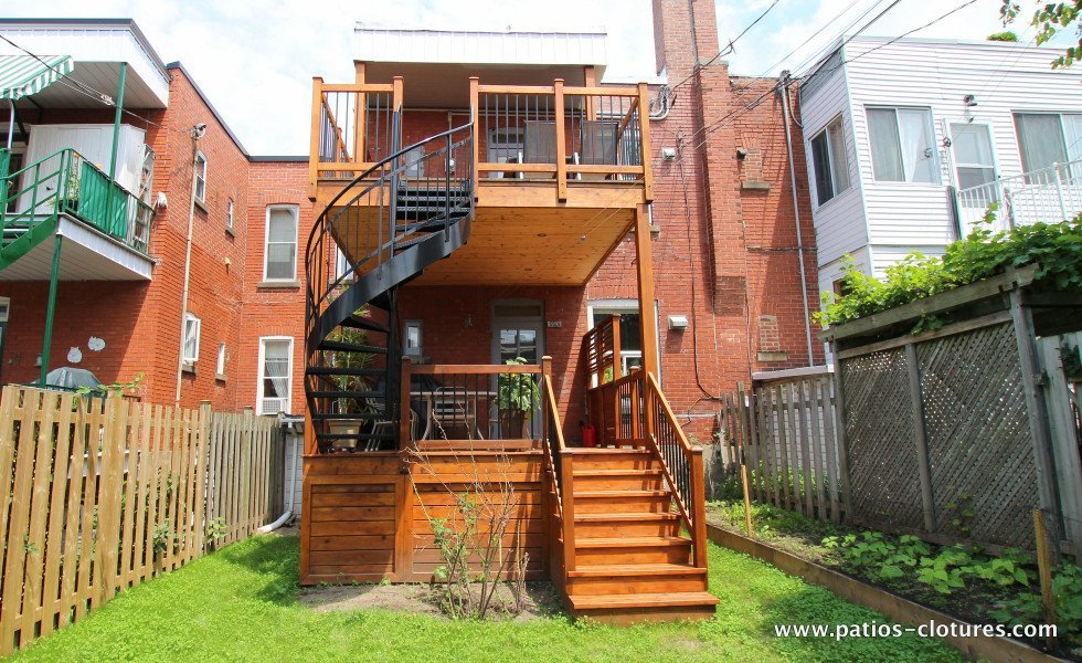 Two-story deck Baril 2