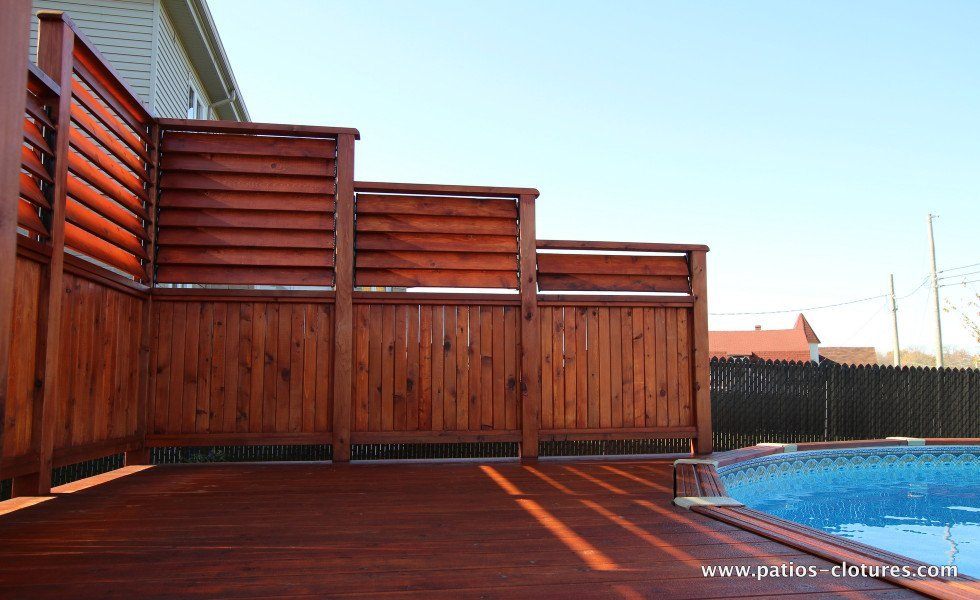 Deck isabelle patios et cl tures beaulieu Above ground pool privacy