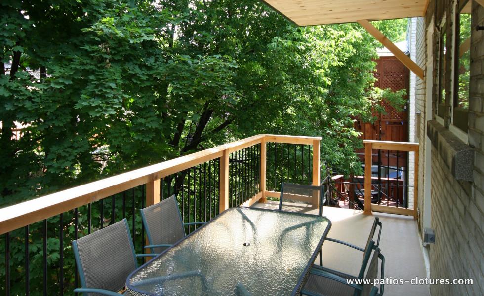 Deuxième étage patio deux étages avec structure d'acier Kobelt