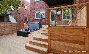 Deck with integrated hot tub Paquette 2