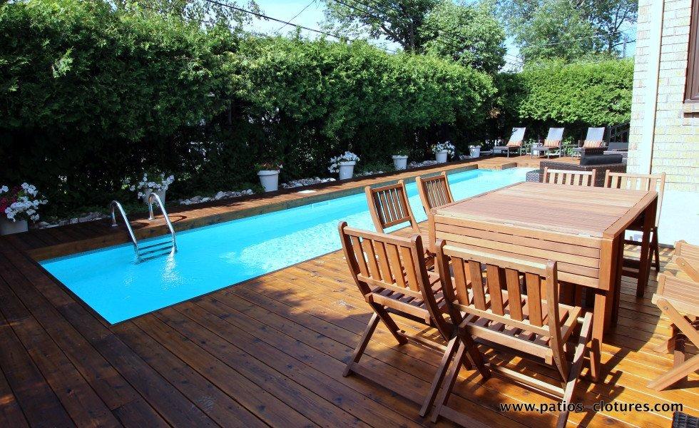910 Alexander/Riachy – patio autour d'une piscine creusée 5