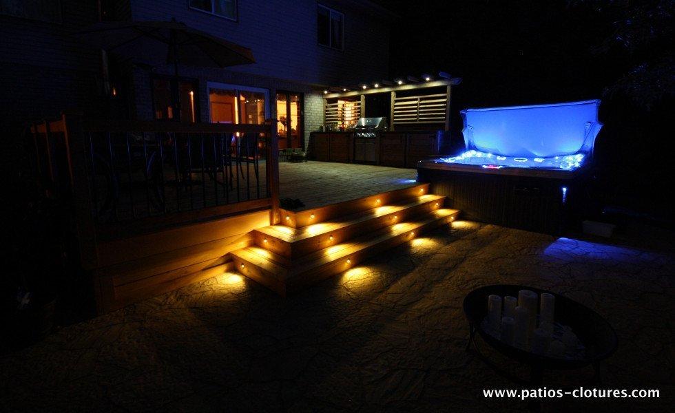 LED lights in steps of deck Legault