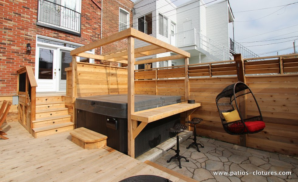deck with integrated hot tub Brouillette