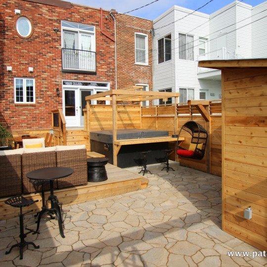 Patio en bois terrasse en bois montr al patios et cl tures beaulieu - Terrasse piscine montreal rouen ...