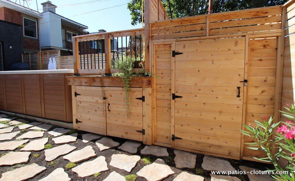 Waterproof storage under the Vandal patio
