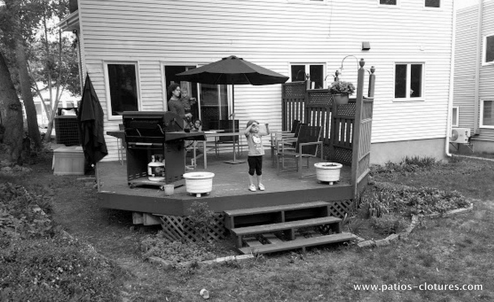 Before the demolition of the old wooden deck Crespy
