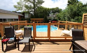 Glass railing for pool deck for an above ground, deck La France