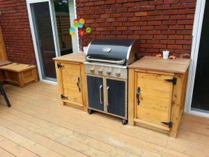 Patio en été - Entretien de barbecue