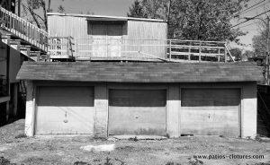 Avant la transformation de la cour du projet Rigal. Le garage triple prenait toute la place au centre de la cour. (2)