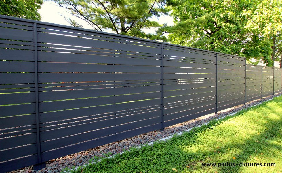 Horizontal fence with alternate openwork style (stained dark gray)