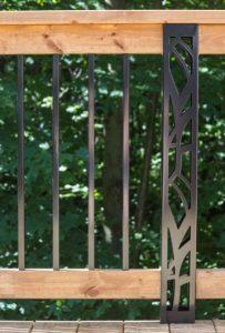 Poteaux personnalisés Dmarc pour patio.jpg