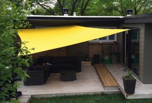 Toile tendue pour patio (auvent Ecodesign)