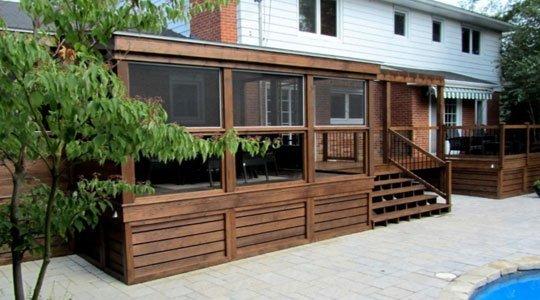 protection Patio avec gazébo et moustiquaires partie fenêtre - Patios et Clôtures Beaulieu