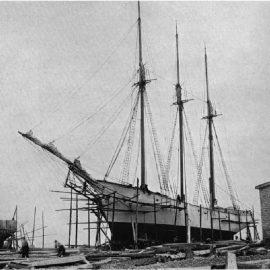 Histoire du bois au Canada – les mats de bateaux