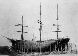 Histoire du bois au Canada - les mats de bateaux