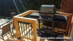 Espace pour le BBQ sur un petit balcon
