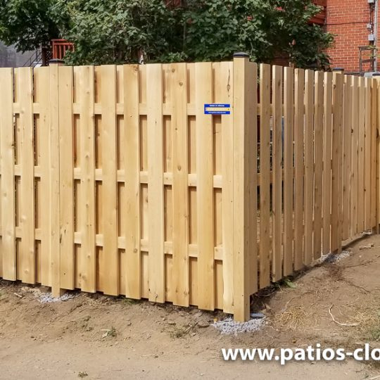 Good neighbor cedar fence 6' high with 3 horizontal 2x4